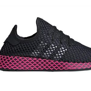 adidas Originals Women's Deerupt Runner size 7.5